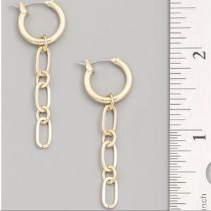 Chain Link Dangle Earrings